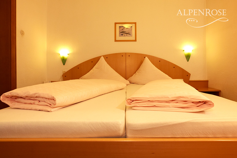 hotel-alpenrose-01