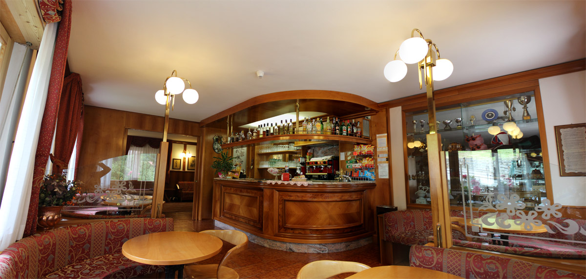 hotel-santa-maria-bar-4