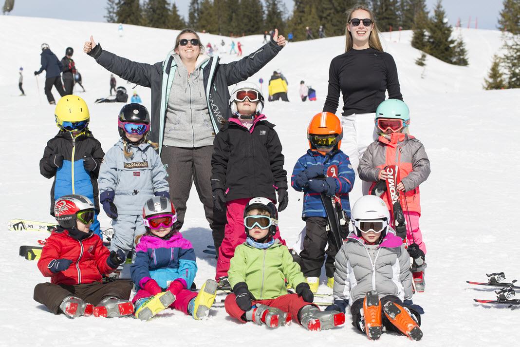 Groepsfoto in de sneeuw